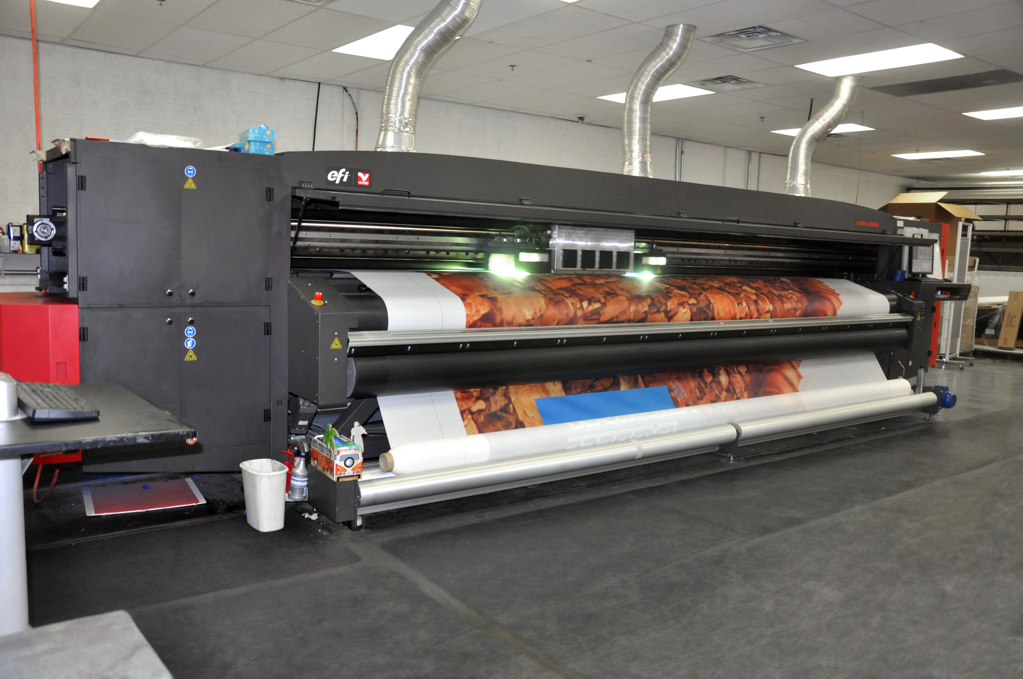 Color art printing anchorage - Efi 5000r Grand Format Roll To Roll